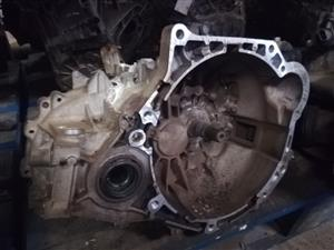 HY038 HYUNDAI ACCENT 2016 G4FA - GEARBOX