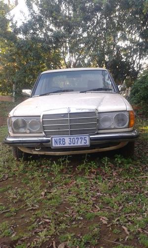 1981 Mercedes Benz 230E