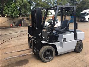 Nissan 2.5ton Diesel Forklift For Sale