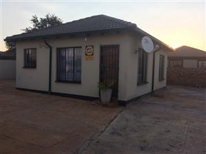 2 Bedroom House To Rent - The Orchards