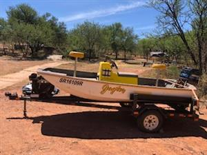 Skeeter Dory Bass Boat for Sale R32500.00 Negotiable.