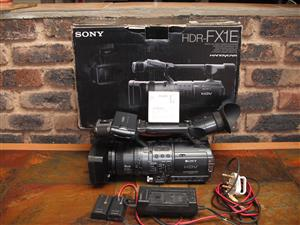 SONY VIDEO CAMERA. HDR-FX1E. FULL HD PACKAGE DEAL ONLY!