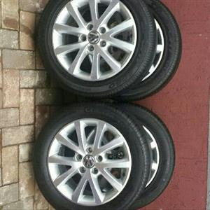 JETTA 7 16INCH MAGS & TYRES.