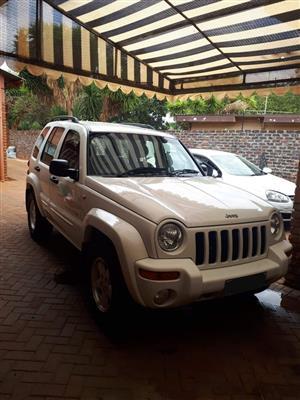 2002 Jeep Cherokee 2.4L Longitude