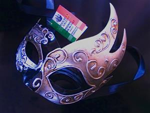 Authentic handmade Venetian / Masquerade / Costume Mask R550