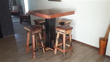 Bar table with 4 chaires