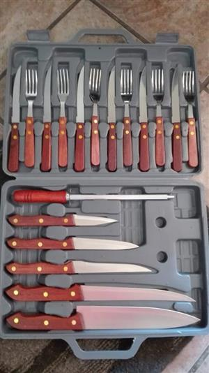 COMPLETE FORK AND KNIFE CUTLERY SET