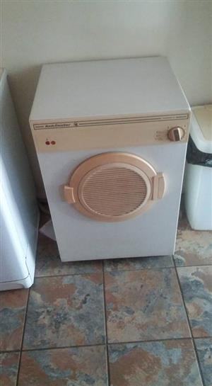 Kelvinator tumble dryer for sale