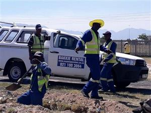 Bakkies 1-Ton for Hire - Open / Enclosed