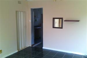 Cottage in Observatory Jhb to Let