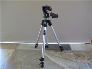 Manfrotto 190D with Manfrotto 141RC Head