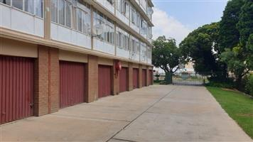 1,5 Bedroom flat to rent for R5 300