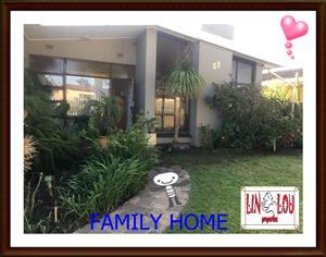 ON SHOW  PEERLESS PARK EAST KRAAIFONTEIN FAMILY HOME