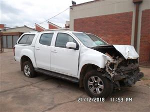 Isuzu Kb250 Dubble Cab 2014 Stripping For Spares