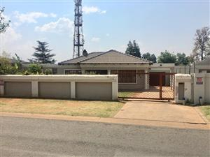 Beautiful roodekop home for sale