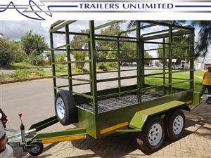 TRAILERS UNLIMITED.  CATTLE TRAILER. DOUBLE AXLE.
