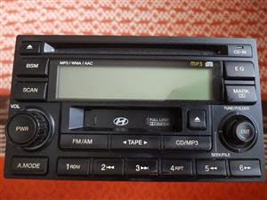 Hyundai Tucson radio/CD player for sale