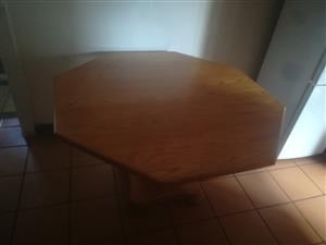 Solid oak table 1.2 meters diameter for sale