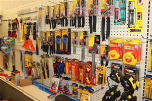 Hardware / Tools