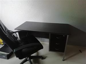 3 drawer office desk and leather chair in very good condition. Must collect self if interested.