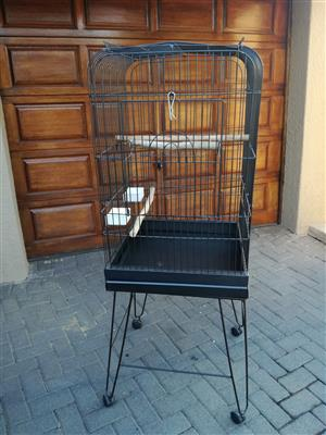 Large Parrot Cage - Brand New