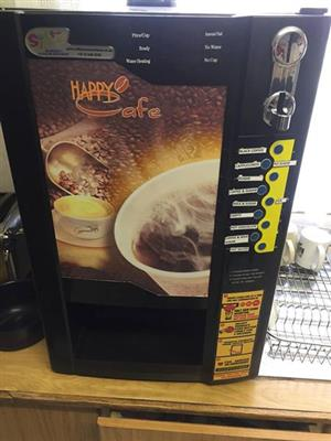 Fully automated coffee machine