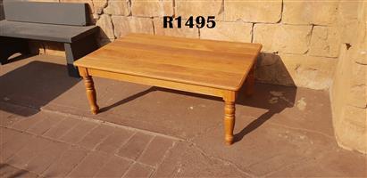 Classic Solid Oak Coffee Table (1200x750x460)
