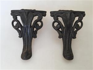 Wrought iron Vintage brackets/feet - please see below re size and description