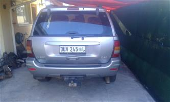 Jeep Grand Cherokee 2002 model strip for spares