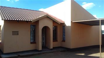 3 BEDROOMS HOUSE FOR SALE SOSHANGUVE BLOCK K R500 000.00 CALL SOPHY FOR MORE INFO 076 081 3571