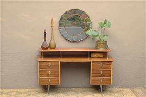 Mid Century retro dressing table (Randburg)