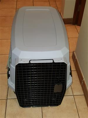 Viaggio Airline Pet Carrier For Sale.