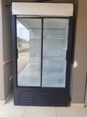 Double door glass fridge