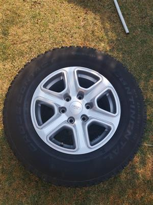 2016 T6 Ford Ranger rims and tyres