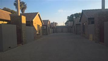 MINI COMPLEX FOR SALE TO THE DISCERNING INVESTOR