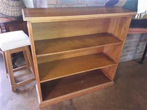 Large oak three-tier bookcase