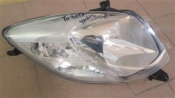 TOYOTA YARIS HEAD LIGHT RIGHT SIDE AVAILABLE