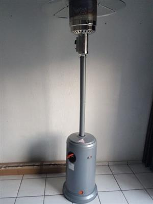 In Brand New Condition Large Alva Patio Gas Heater and 9kg LPG Bottle included in sale...