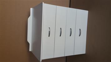 Chest of Drawers. Item Code Ky 06 Price: R1999,00