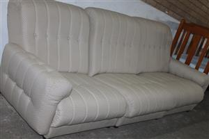 S034408X 3 seater couch #Rosettenvillepawnshop