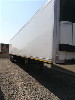 Tri-axle refrigerated trailer for sale