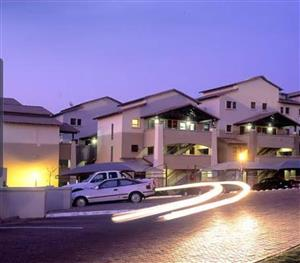2 bed 2 bath in Sunninghill