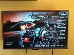 """32"""" LG Full HD LED TV with remote"""