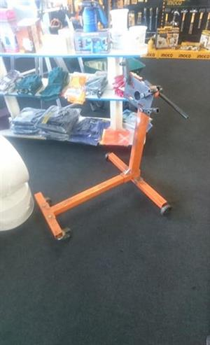 7a4e16f64f2 R 600 For Sale. Engine Stand.