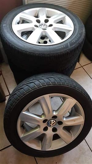 VW Mags with tyres