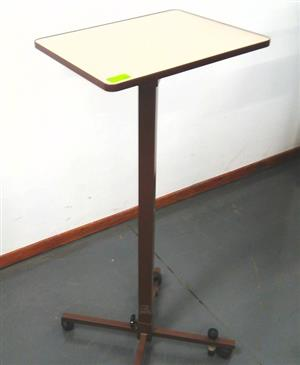 Projector table 2 tone
