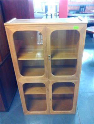 Oak 4 glass door cabinet