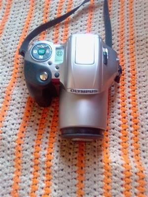 Olympus IS - 200 35mm camera