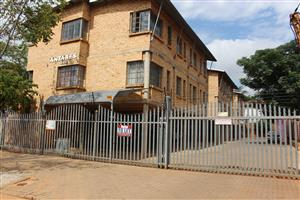 Unit for Rent in Hatfield Close the the University