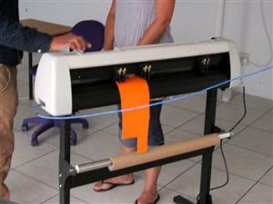 V-803 V-Series High-Speed USB Vinyl Cutter, 800mm Working Area, FlexiSIGN Software Vinyl